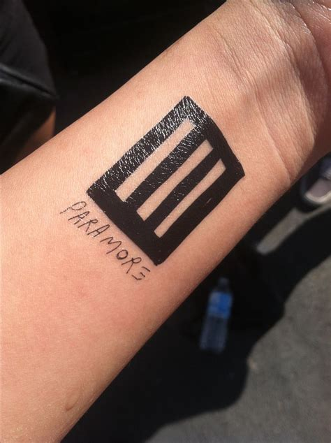 paramore tattoo 25 best ideas about paramore on