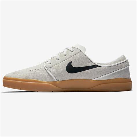 Sepatu Nike Stefan Janosky Brown White sneakers nike sb stefan janoski hyperfeel summit white black gum brown snowboard zezula