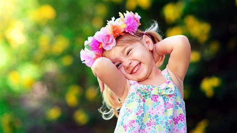 wallpaper girl sweet sweet smile of cutest baby girl image new hd