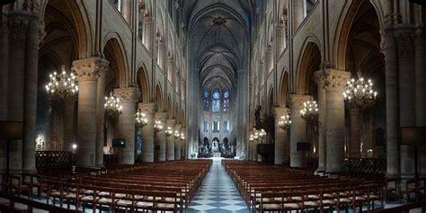 notre dame de interno notre dame de cattedrale gotica famosa per i gargoyle