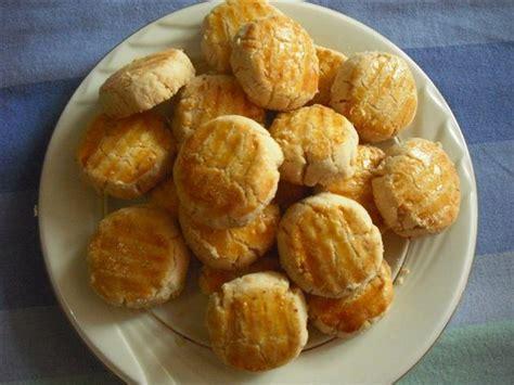 membuat kue kering dengan bahan sederhana resep cara membuat kue kering kelapa enak lebaran