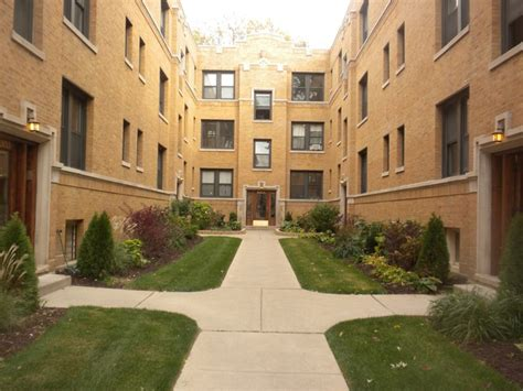 logan square 1 bedroom apartments the 5 best pet friendly apartments in chicago for under 1 500
