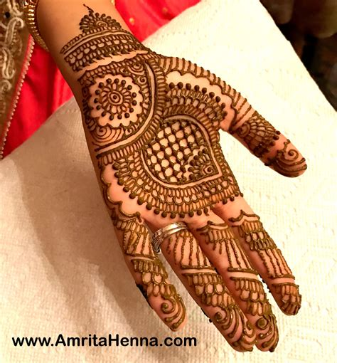 top 10 must try henna designs for your sister s wedding top 10 stylish grid pattern henna designs henna tattoo