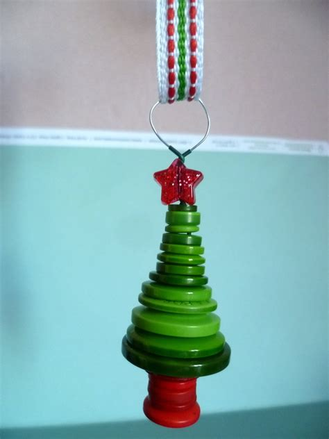 christmas tree button decoration