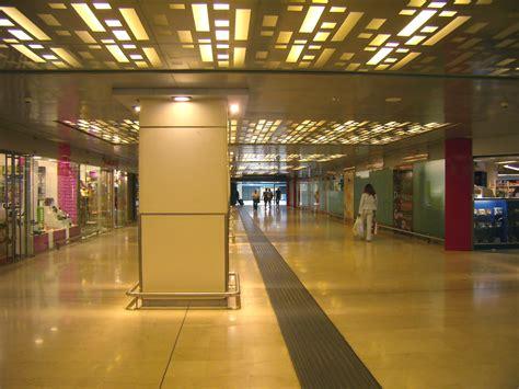 stazione centrale porta garibaldi file porta garibaldi sottopassaggio jpg wikimedia