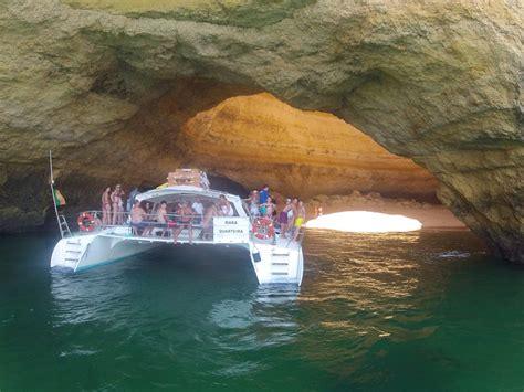 catamaran boat trip lagos boat trip to benagil from albufeira seabookings