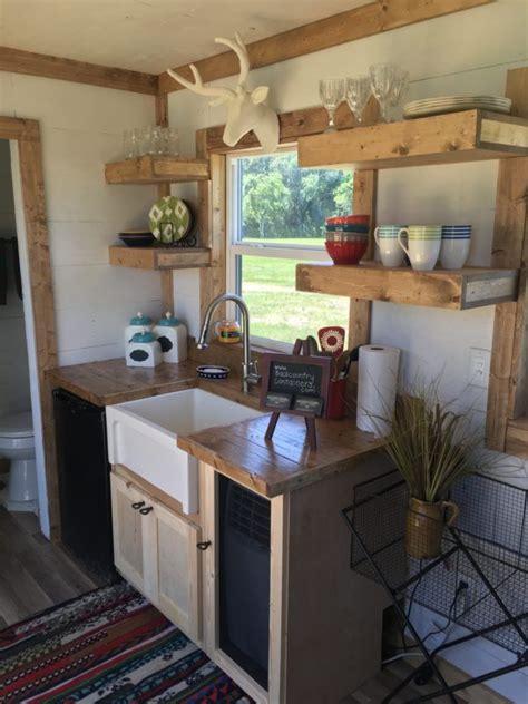 tiny house kitchen ideas best 25 tiny house kitchens ideas on small