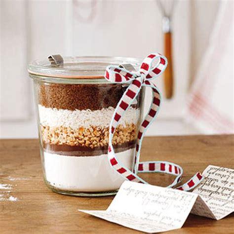 weihnachtsgeschenk kuchen im glas muttertagsgeschenke sch 246 ne kuchenbackmischung im glas