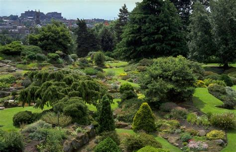 The Botanical Gardens Edinburgh Royal Botanic Garden Edinburgh Visitscotland