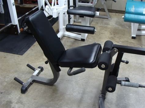 parabody bench attachments thoughts on plate loaded leg extension curl