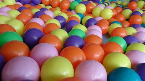 color balls file color balls 2 jpg wikimedia commons
