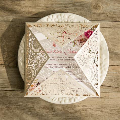 Hochzeitseinladung Mit Spitze by Lasercut Hochzeitskarten Traumhafte Einladungskarten Zur