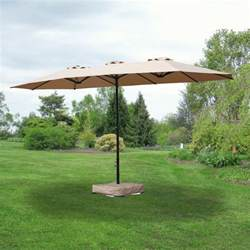 Replacement canopy for triple umbrella garden winds