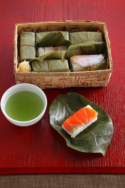 Salmon Nara Top kakinohazushi kakinohazushi is a a of sushi which