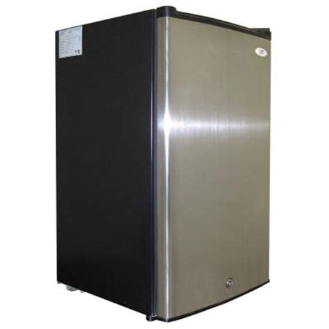 spt 2 8 cu ft upright freezer in stainless steel black