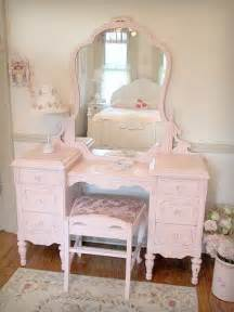Girls Vanities For Bedroom 25 Best Ideas About Pink Vanity On Pinterest Girls