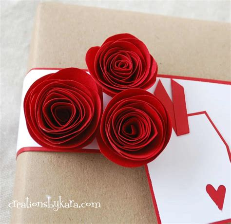 Make Easy Paper Roses - rolled paper roses