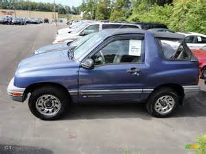Chevrolet Tracker 1999 1999 Chevrolet Tracker Photos Informations Articles