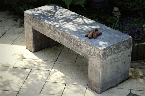 garden concrete bench 15 easy inexpensive diy concrete garden projects
