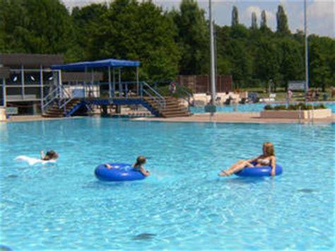 schwimmbad bergen enkheim riedbad bergen enkheim erlebnisbad in frankfurt am