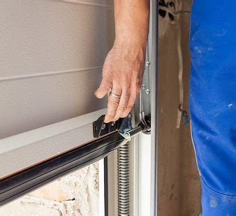 Opening A Garage Door With No Power How To Manually Open Garage Door With No Power