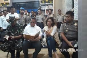 baca indonesia pojok baca diresmikan di kantor pelayanan sim tangsel