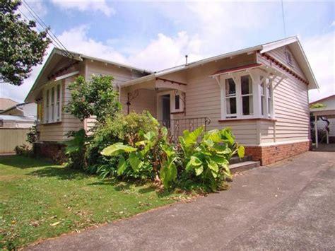 Property Manager Auckland 19 Oak Epsom Auckland Property Management