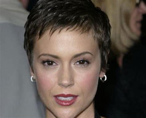 modele coupe femme coupe de cheveux court pour femme 60 ans et plus