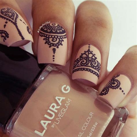 nail art with tattoo henna best 25 henna nail ideas on lace nail