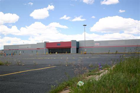 File:Laramie, WY, Former store 142   Wikimedia Commons