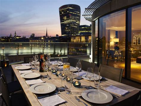 holiday appartments london cheval three quays luxury london holiday apartments