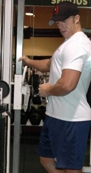 bench press blowout avoiding a bench press blowout rotator cuff exercises