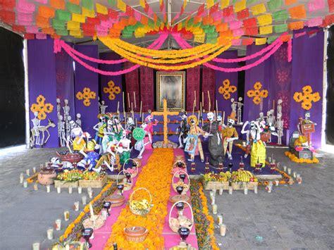 traditions of dia de los muertos dia de los muertos traditions celebrations of
