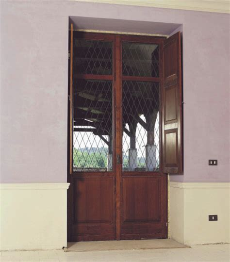 sverniciatura persiane legno eurocromo sverniciatura porte interne ed esterne lodi