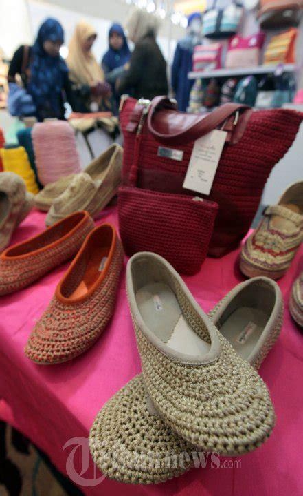 Foto Dan Sepatu Wakai tas dan sepatu rajut vinaastee handmade foto 1 1173311