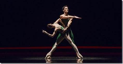 contemporary choreography a critical review contemporary choreographers joffrey ballet paperblog