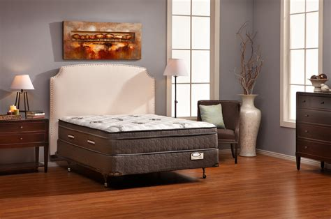 Bedroom Expressions Davenport Furniture Row San Antonio Tx Www Furniturerow