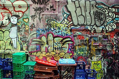 graffiti wallpaper woodies 9 best robotics ideas images on pinterest recycled robot