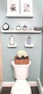 Small bathroom wall decoration