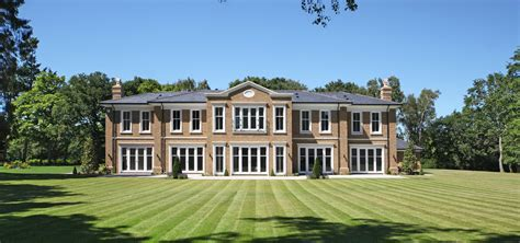 octagonal houses and their opposite 7 bed luxury house picketts hill octagon properties gu35 8td