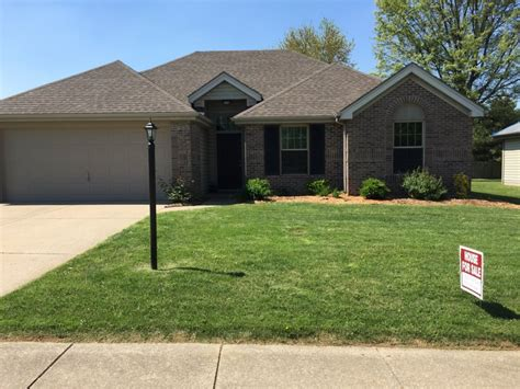 beautiful remodeled home for sale evansville 47715 1901