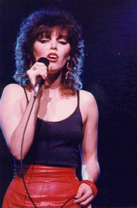 images  greatest female rock stars  pinterest chrissie hynde janis joplin