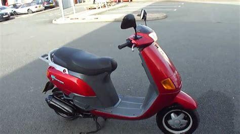 piaggio vespa skipper lx   stroke scooter