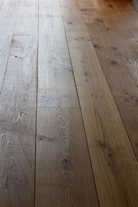 English flooring oak: Barn grade   Vastern