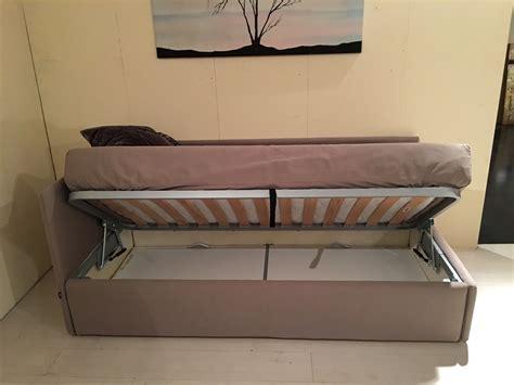 letti divani letto divano twils scontato 25 letti a prezzi