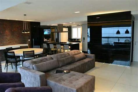sala de tv integrada sala de sala de jantar sofa cinza