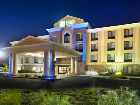 holida inn express inn express suites selma hotel by ihg