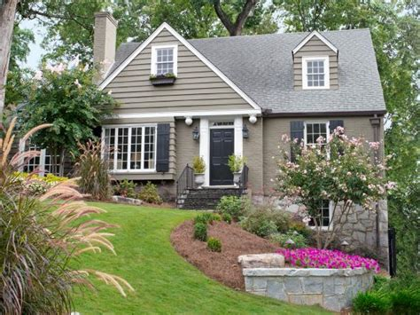 homes with curb appeal landscaping gardening hardscaping planting hgtv