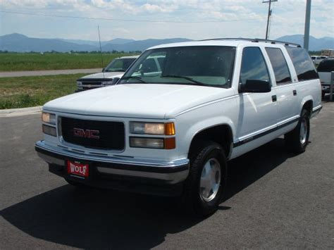 car manuals free online 1996 chevrolet suburban 1500 transmission control service manual 1996 gmc suburban 1500 how to replace tail light assembly sell used 1996 gmc