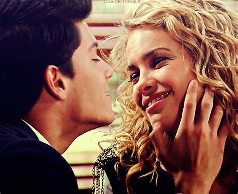dia do beijo on Tumblr Emily Fields Pretty Little Liars